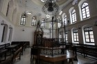 The renovation of the Ohel Itzhak Synagogue